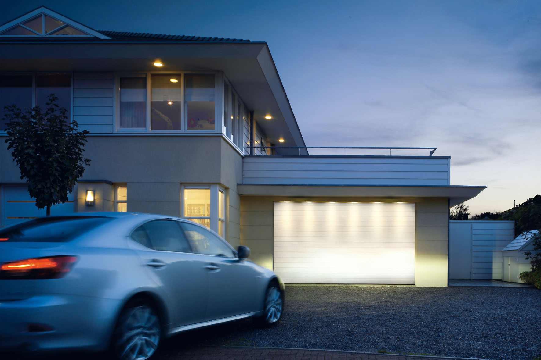 Automatische Tore für alte Garagen