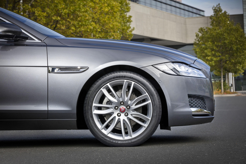 Ultra-High-Performance-Reifen