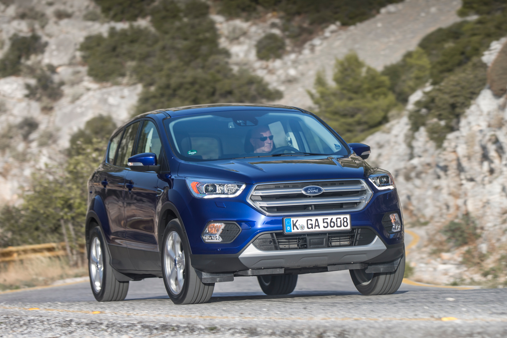 airbag probleme bei ford c max focus und kuga ps. Black Bedroom Furniture Sets. Home Design Ideas